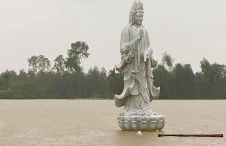 Nhạc Phật giáo karaoke 607 – Mưa bão giăng trời – Đức Quảng